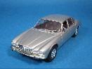 /ミニチャンプス ジャガー XJ シリーズ II 1975  シルバー
