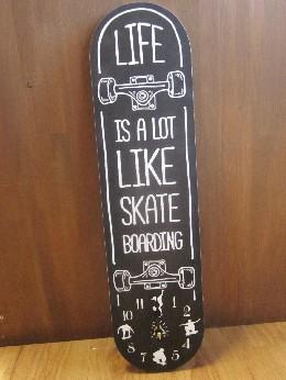 /オールドルッククロック スケートボード